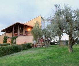 Villa dei Gelsomini, Residenza nel verde