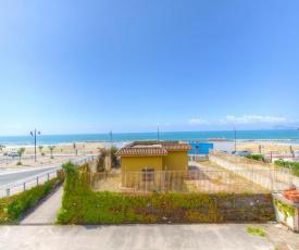 Ventotene Beachfront Apartment