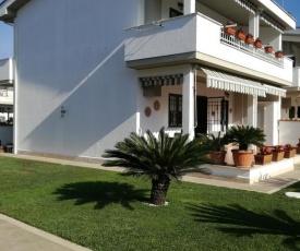 Villa Aurora Mare Spa Piscina