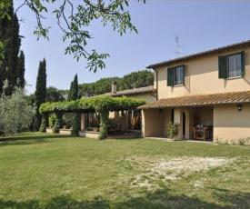 Magliano Sabina Villa Sleeps 8 Pool WiFi T218388