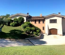 Luxurious Villa in Mentana with Garden
