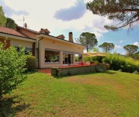 Contempo Villa in Montefiascone near Lake