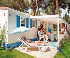 Camping Village Baia Domizia