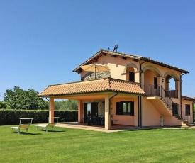 Agri-tourism Bolsena - ILA031001-CYA