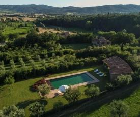 Campoleone Villa Sleeps 8 Pool Air Con WiFi