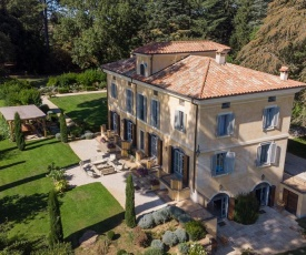 Capranica Villa Sleeps 8 Pool WiFi